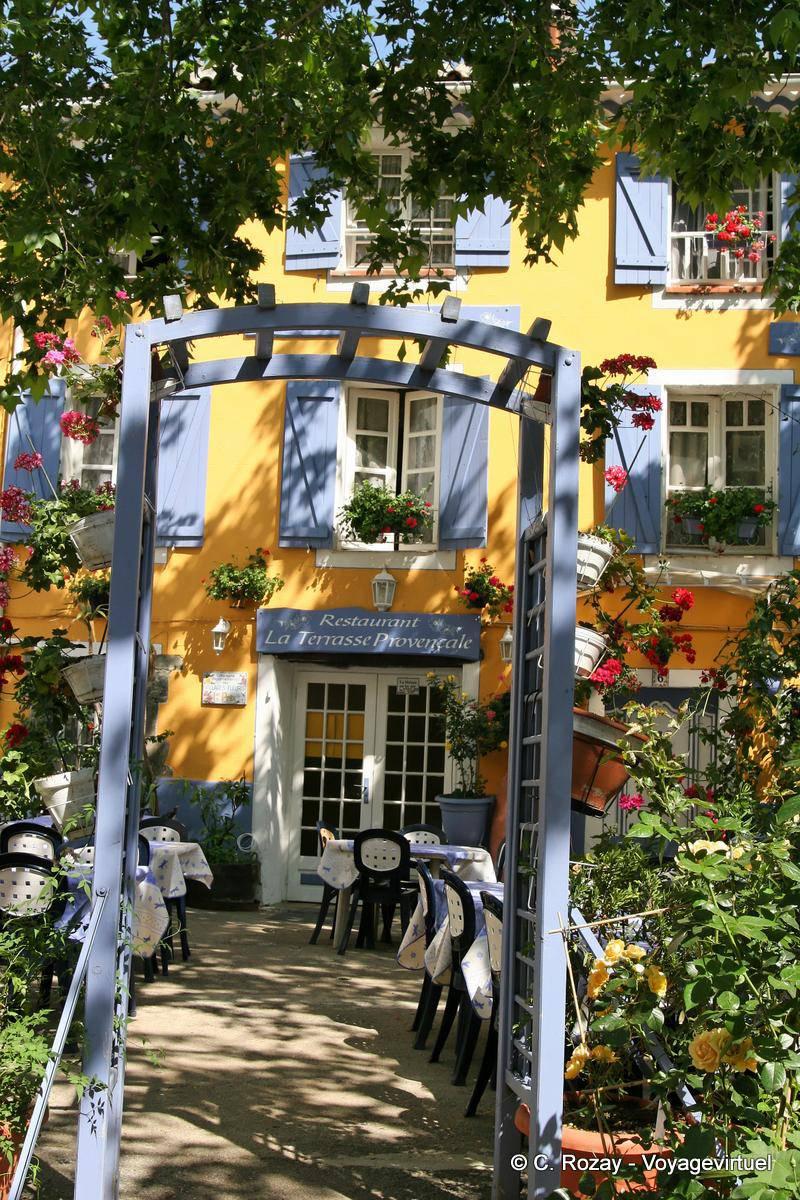 Collobrières, Restaurant Terrasse Provençale, Frankreich