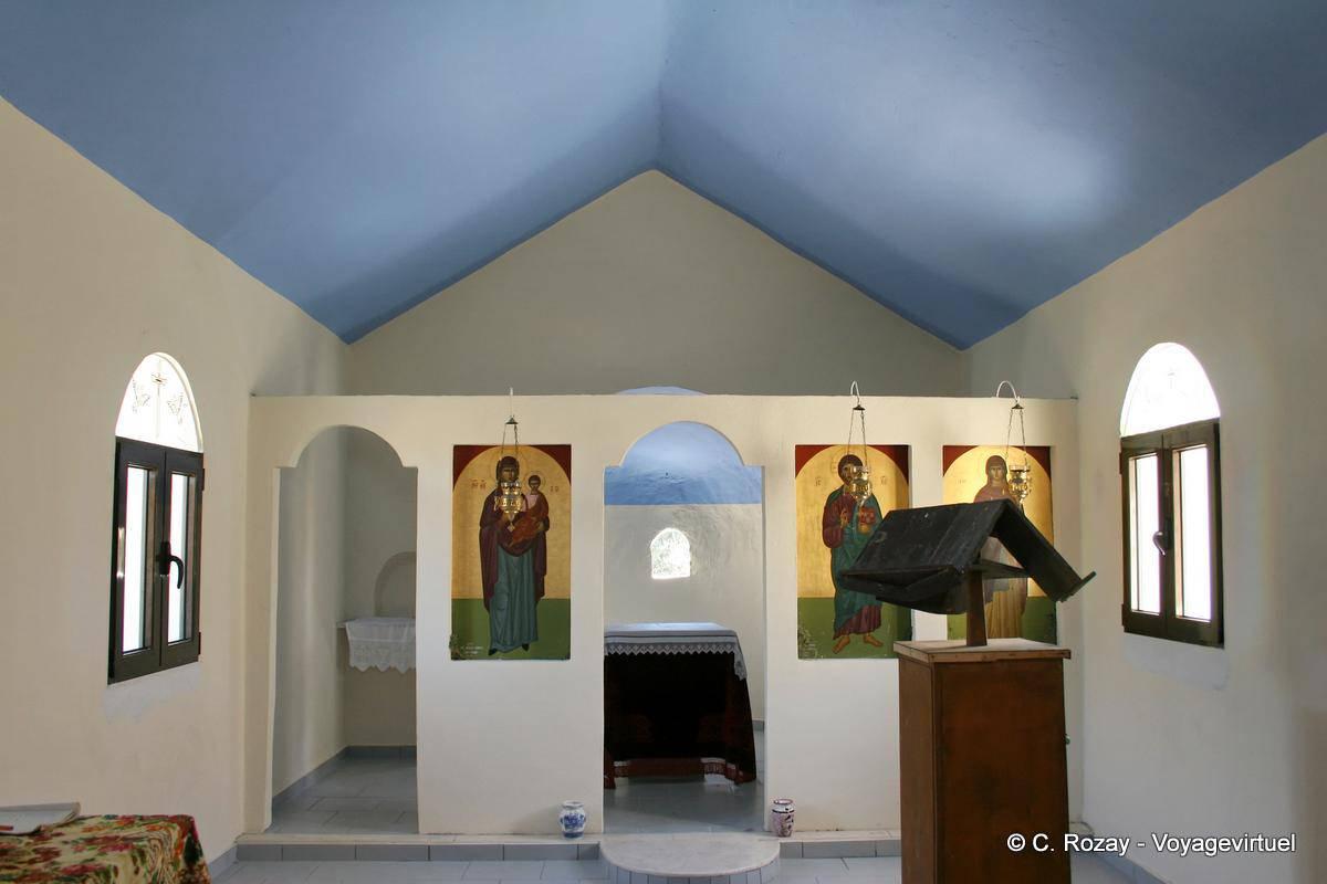 Modernes Interieur einer der Kapellen auf der Straße zwischen und ...