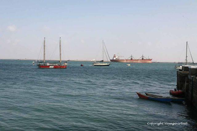 Aden 2717